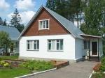 Белорусы покупают дома с водопроводом и огородом