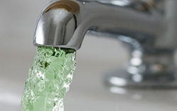 Вода в трубах минчан позеленеет